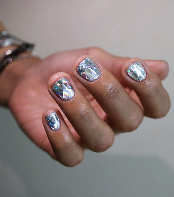 diamond_nails
