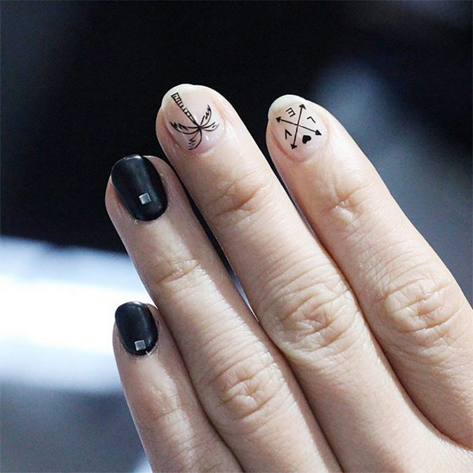 tattoo_nails